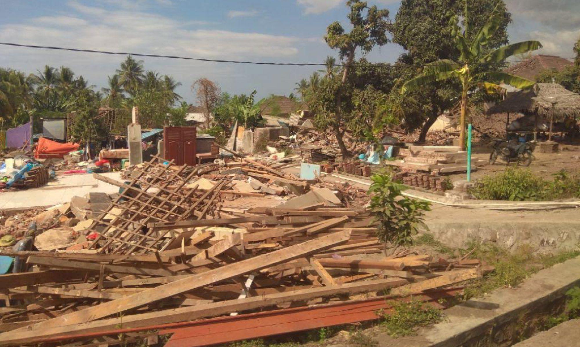 インドネシア・ロンボク島地震救援ニュース